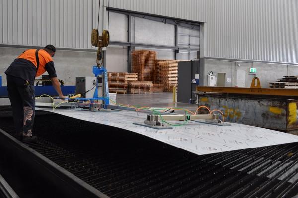 CVLB750-in-Metal-Wholesale-Warehouse